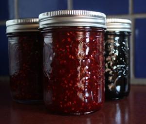 raspberry and blueberry homemade jam