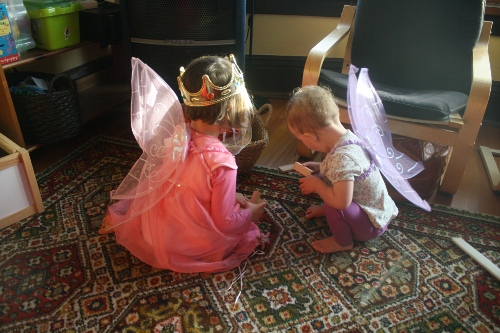 fairy princesses playing blocks