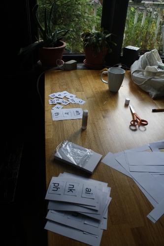 making phonics cards